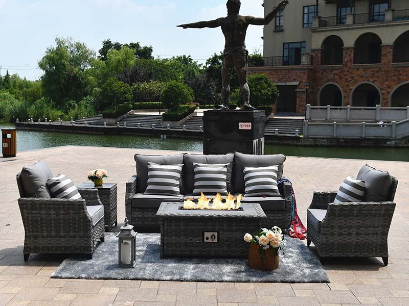 outdoor fire pit set